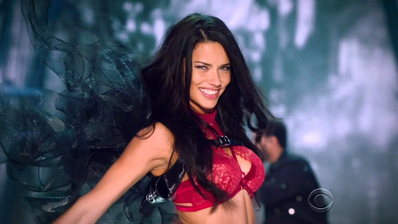 """6b4183e675100 Adriana Lima Won t Take Clothes Off Anymore for an """"Empty Cause"""" – Simona  underwear"""